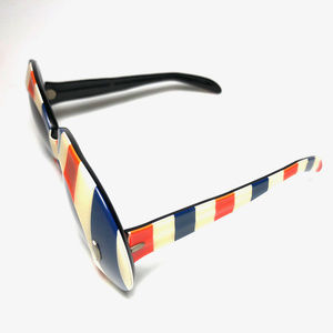 Unbranded Accessories - American Patriot Stripes Flag Wayfarer Sunglasses